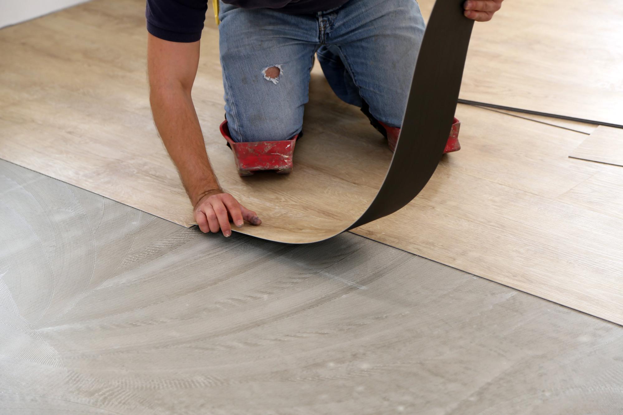 installation de plancher de vinyle
